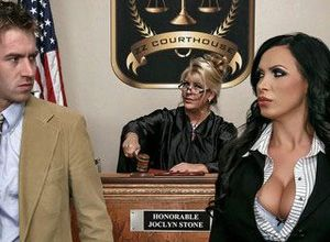 Nikki Benz & Danny D in ZZ Courthouse:..