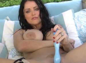 Black-haired women Sophie Dee Rams Her..