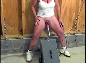 Mature girl milked large clit, boinked..