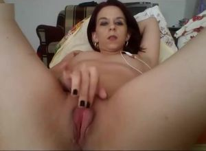 Cougar fondle her brilliant vag