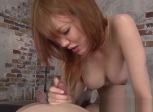 Chinese cougar dickblowing and..