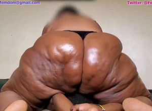 Wrung By a Dark-hued SSBBW  (my dream)