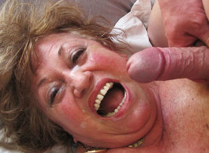 lush 77 years elderly mommy gives a..